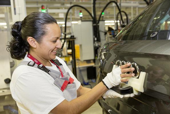 Fabricantes de autos se suman a #UnDíaSinNosotras