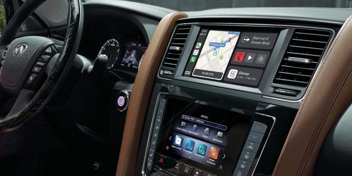 La camioneta de la firma de lujo tiene un equipamiento tecnológico adecuado para el entretenimiento familiar