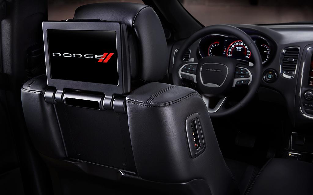 Dodge Durango R/T 2020 resena opiniones Lleva equipamiento para la diversión de los pasajeros de las filas traseras