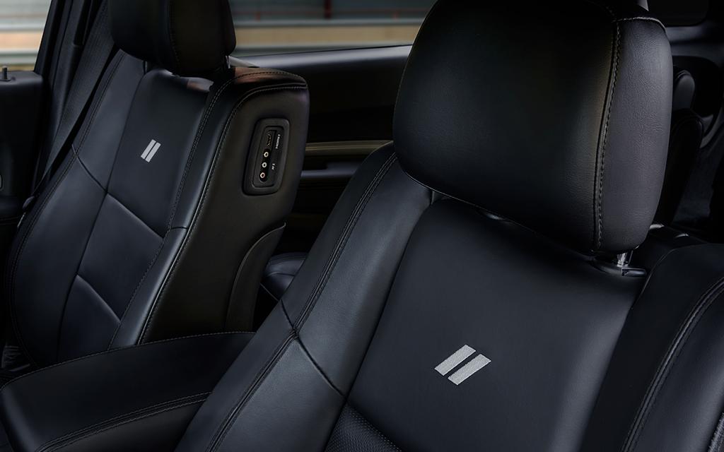 Las primeras 2 líneas de asientos Dodge Durango R/T 2020 resena opiniones son calefactables