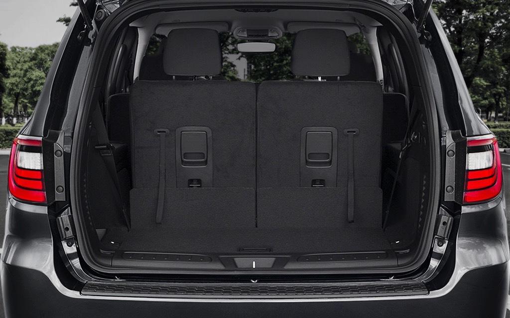 La capacidad de carga Dodge Durango R/T 2020 resena opiniones asciende a 605 kilogramos