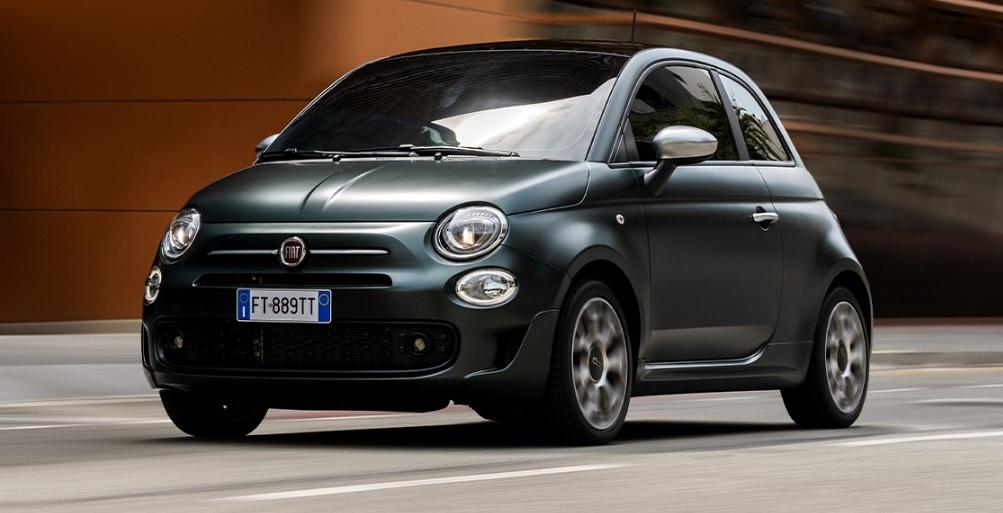 El FIAT 500 con motor a gasolina se mantiene en producción
