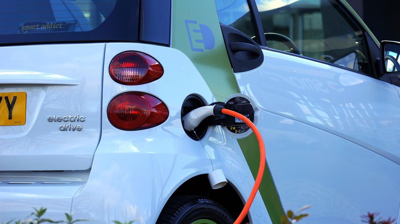 Carga auto eléctrico