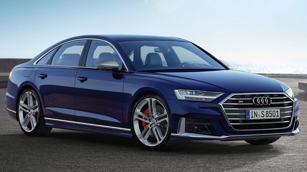 Audi S8 TFSI 2020 resena opiniones Tiene insertos de aluminio cepillado que le dan un toque de mayor exclusividad