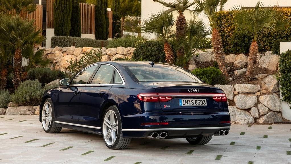 Audi S8 TFSI 2020 resena opiniones Es un sedán que se adapta de buena forma a la vida familiar