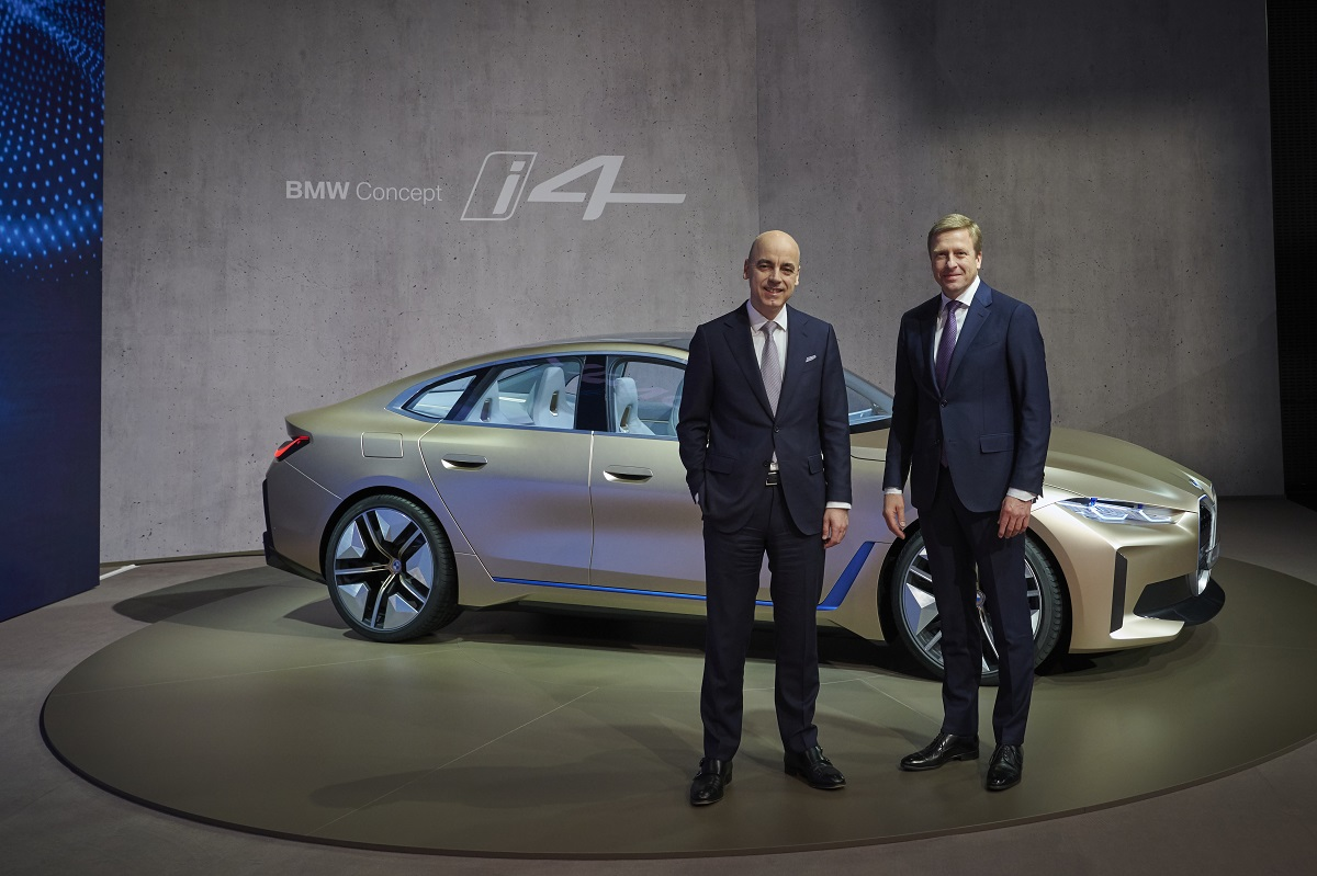 BMW i4 conferencia prensa