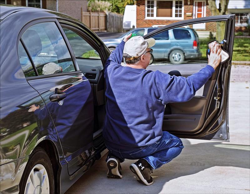 Cómo limpiar y desinfectar fácil tu auto en tiempos de coronavirus