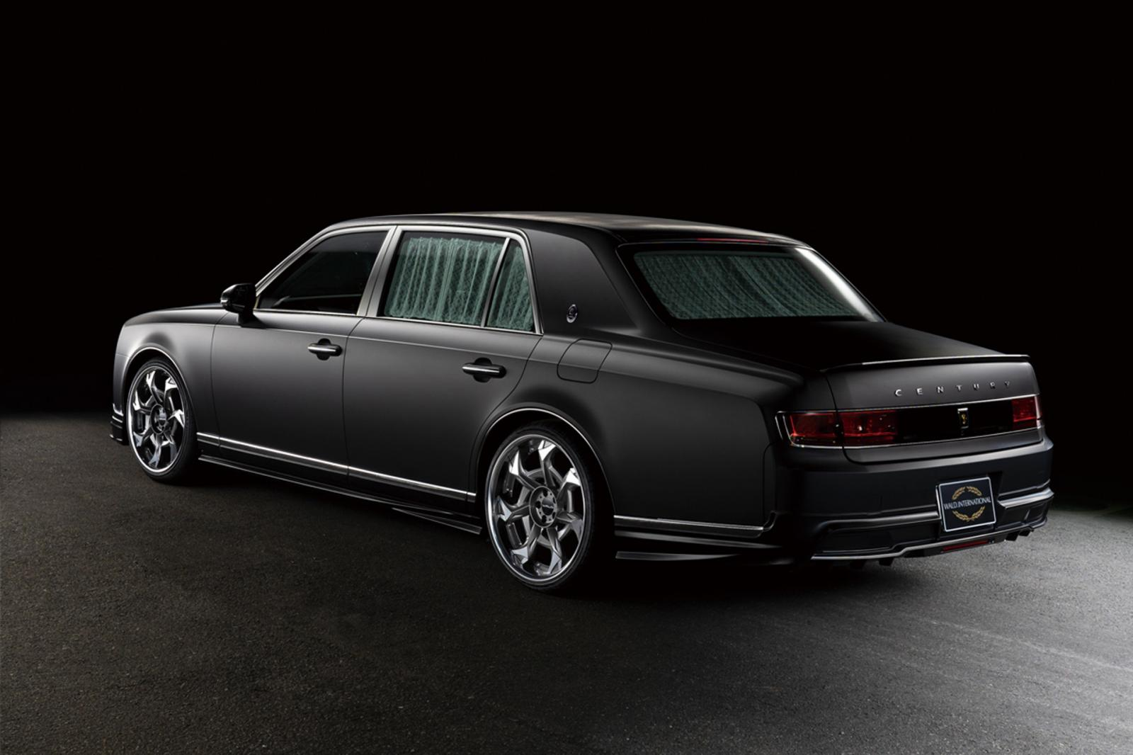 Toyota Century by Wald