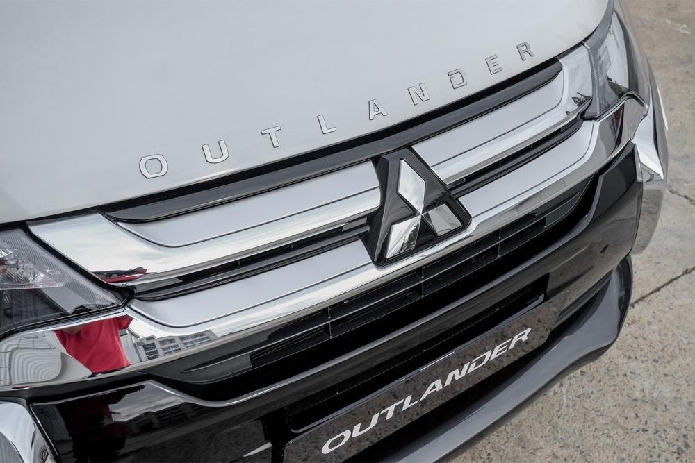 Mitsubishi Outlander 2019 demostrando su capacidades