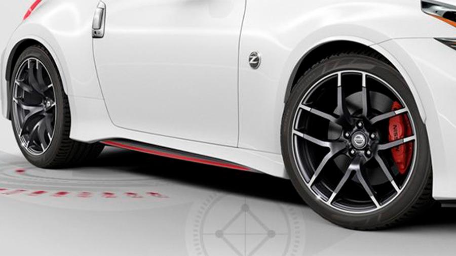 Nissan 370Z Nismo MT 2020 resena opiniones Presume rines atractivos que están fabricados de aluminio bitono