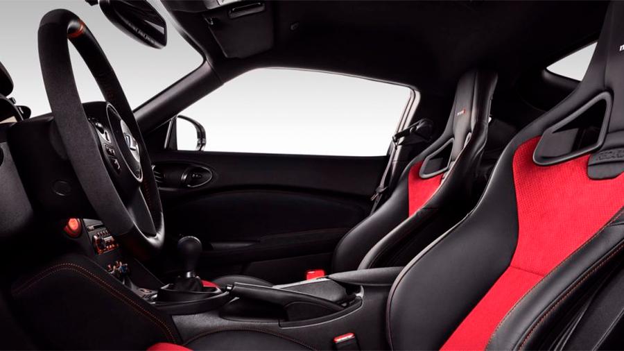 Nissan 370Z Nismo MT 2020 resena opiniones Ofrece buen espacio en cabina