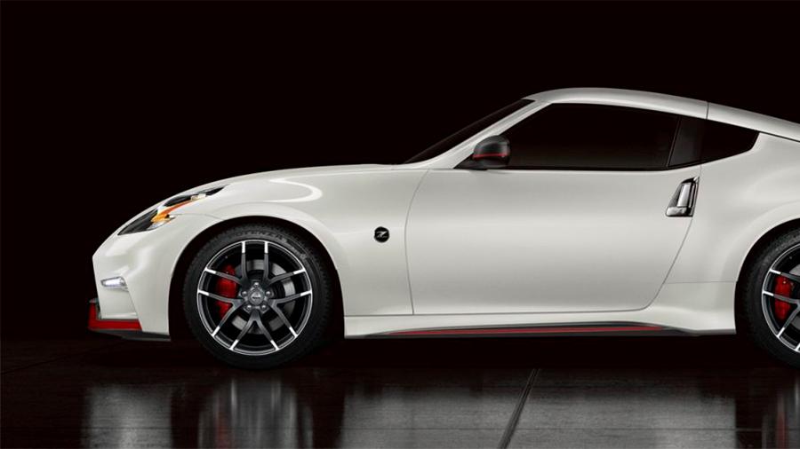Nissan 370Z Nismo MT 2020 resena opiniones Hay 3 versiones de este auto deportivo de Nissan
