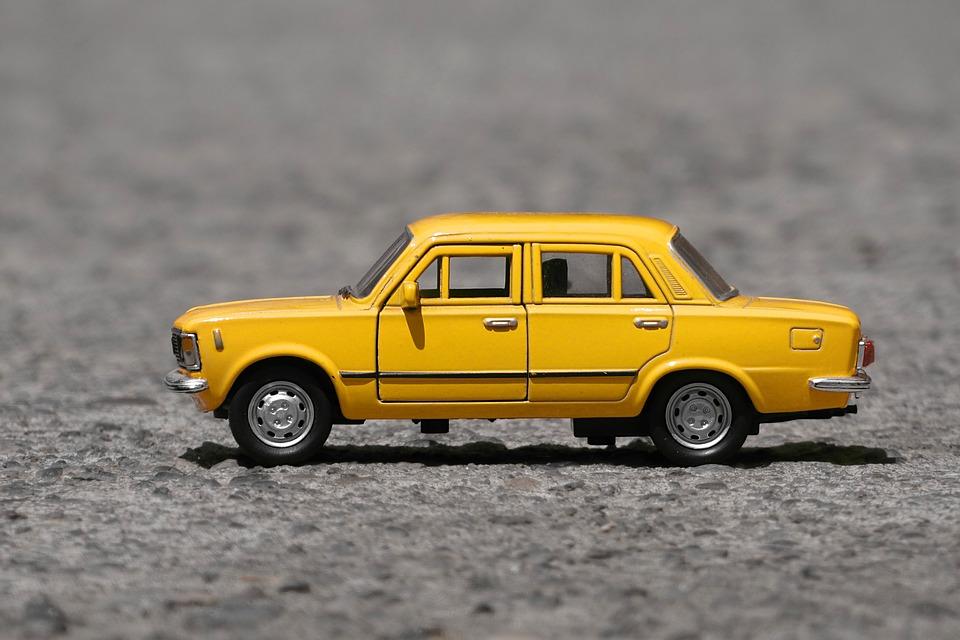 Autos a escala de colección