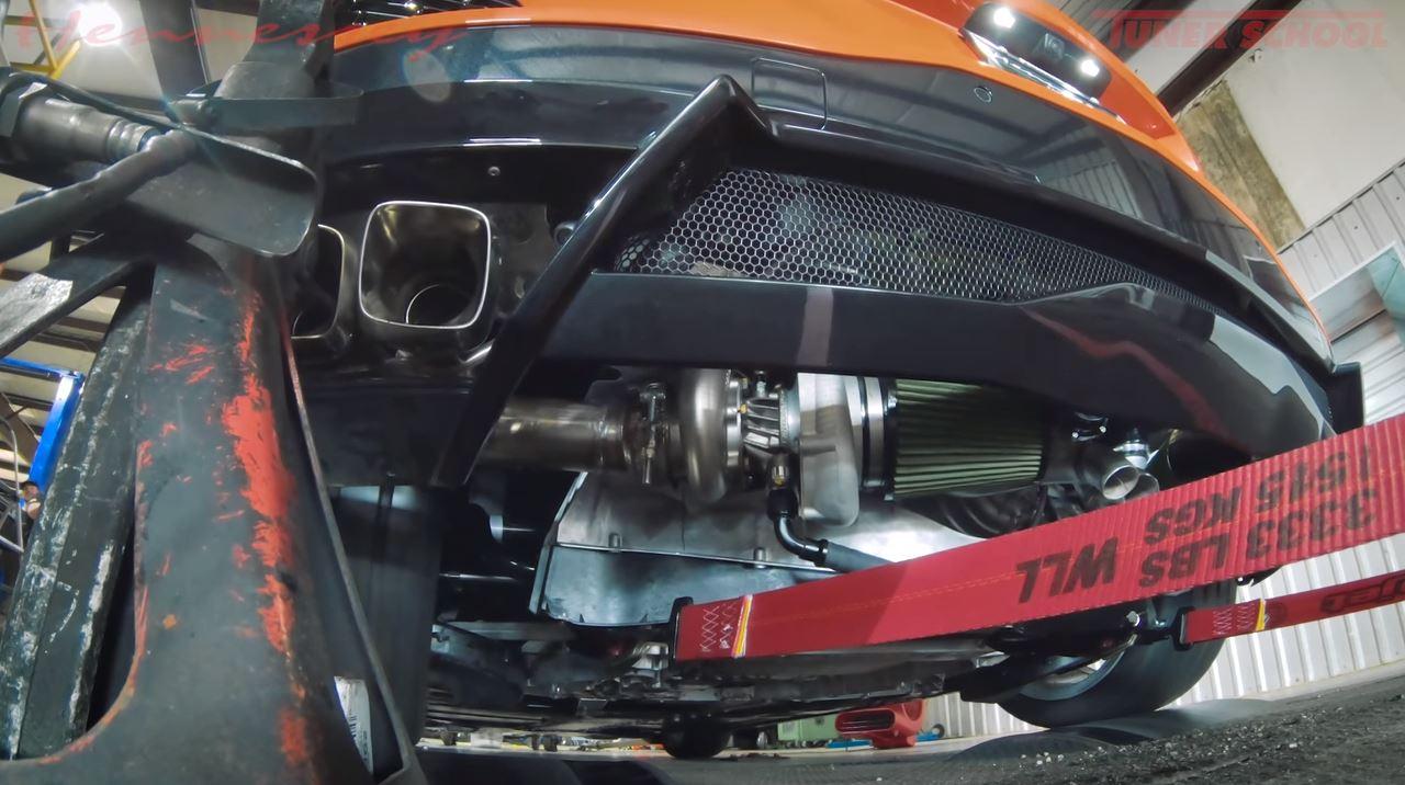 hennessey-motor-twin-turbo-corvette-c8