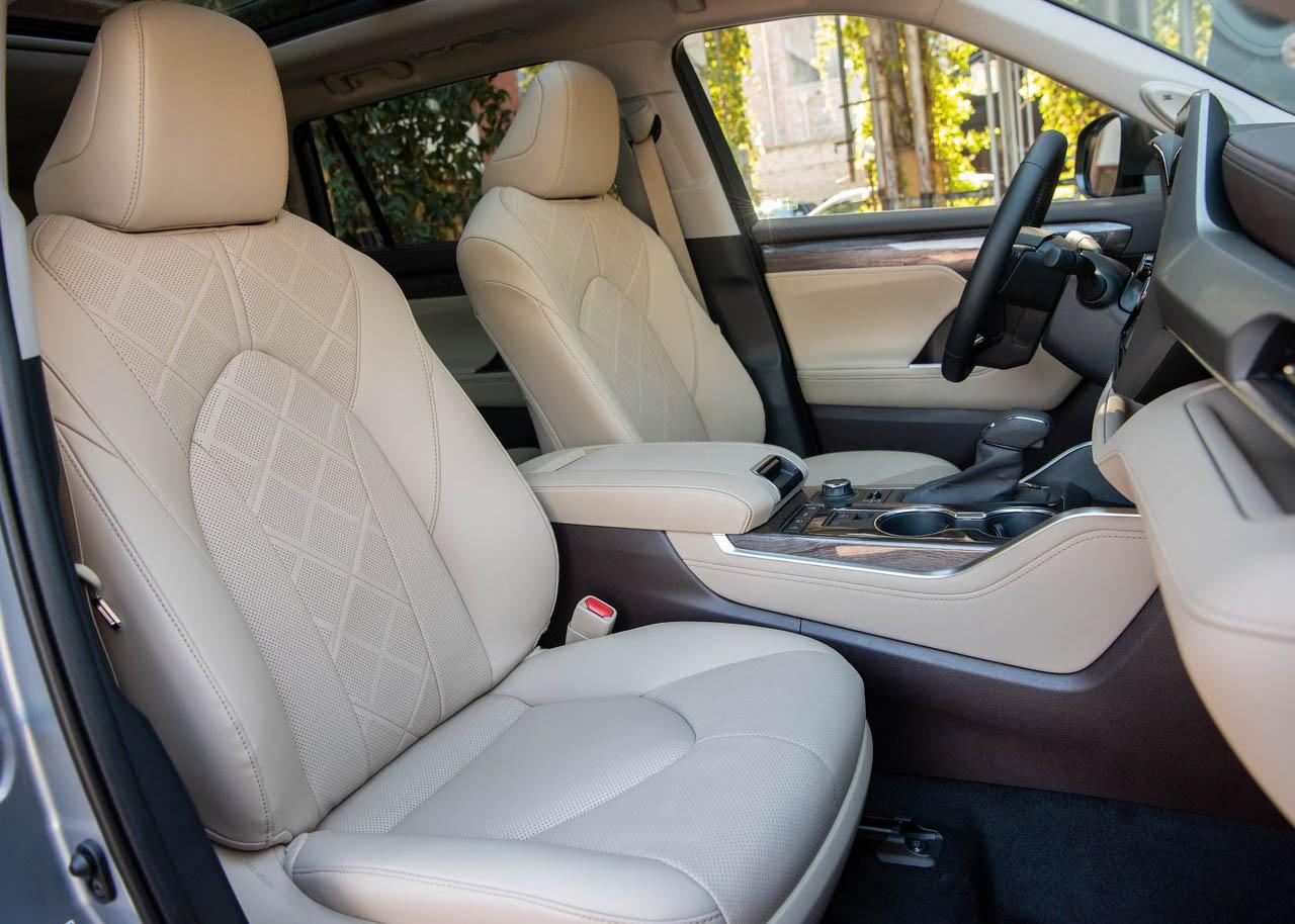 La Toyota Highlander tiene más espacio interior