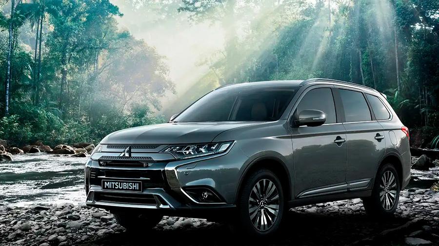 La Mitsubishi Outlander Limited 2020 resena opiniones es una SUV de 3 filas