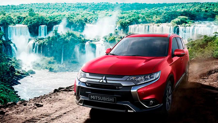 Mitsubishi Outlander Limited 2020 resena opiniones tiene duros rivales que la superan en aspectos clave