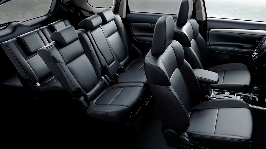 La última fila Mitsubishi Outlander Limited 2020 resena opiniones solo la recomendaríamos para el uso de los niños o adolescentes de baja estatura