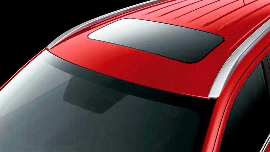 Los rieles color plata Mitsubishi Outlander Limited 2020 resena opiniones satinado le dan un aspecto aventurero y elegante
