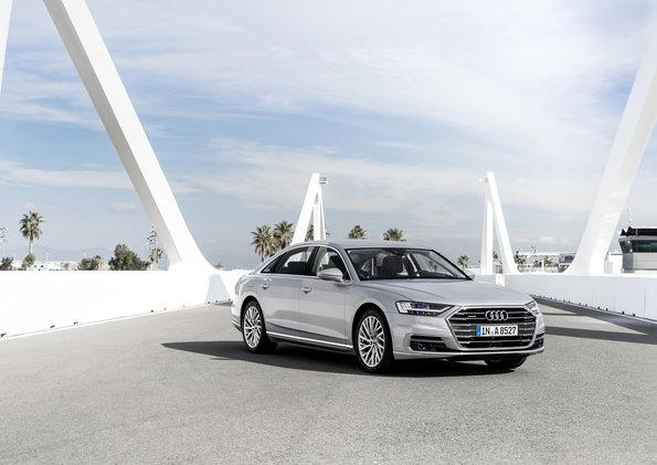 De Nueva York a Los Ángeles en 26 horas, en un Audi A8