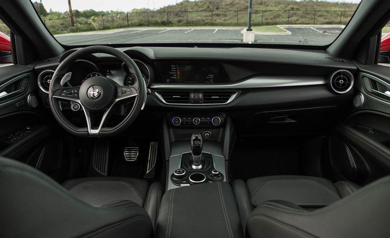 Interior de la Alfa Romeo Stelvio 2019