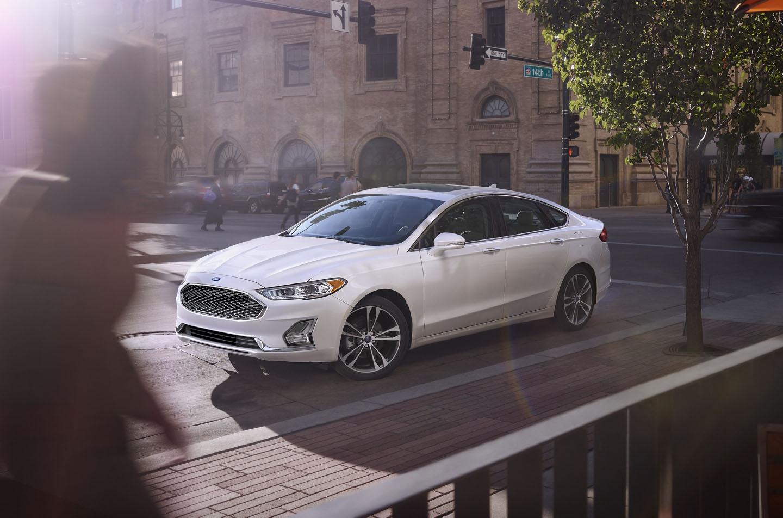 El Ford Fusion Titanium 2020 resena opiniones es la apuesta de la marca en los sedanesmedianos