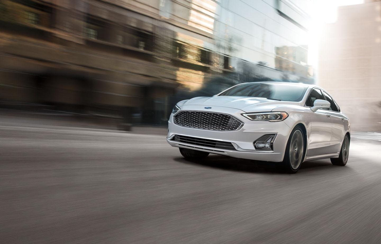 El Ford Fusion Titanium 2020 resena opiniones tiene asistencias a la conducción