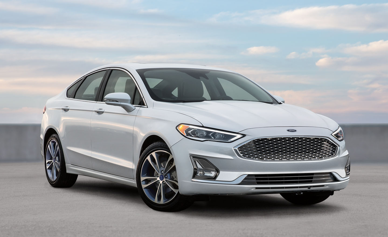 El Ford Fusion Titanium 2020 resena opiniones  es un sedán mediano