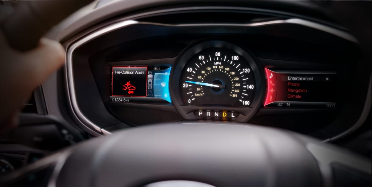El interior del Ford Fusion Titanium 2020 resena opiniones tiene un interior moderno