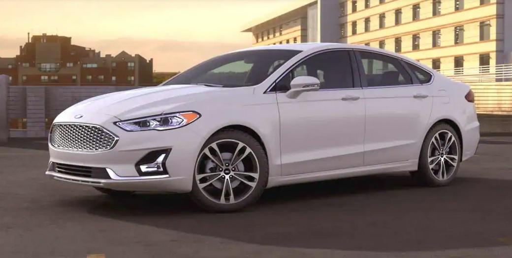 El Ford Fusion Titanium 2020 resena opiniones se vende también con variante híbrida