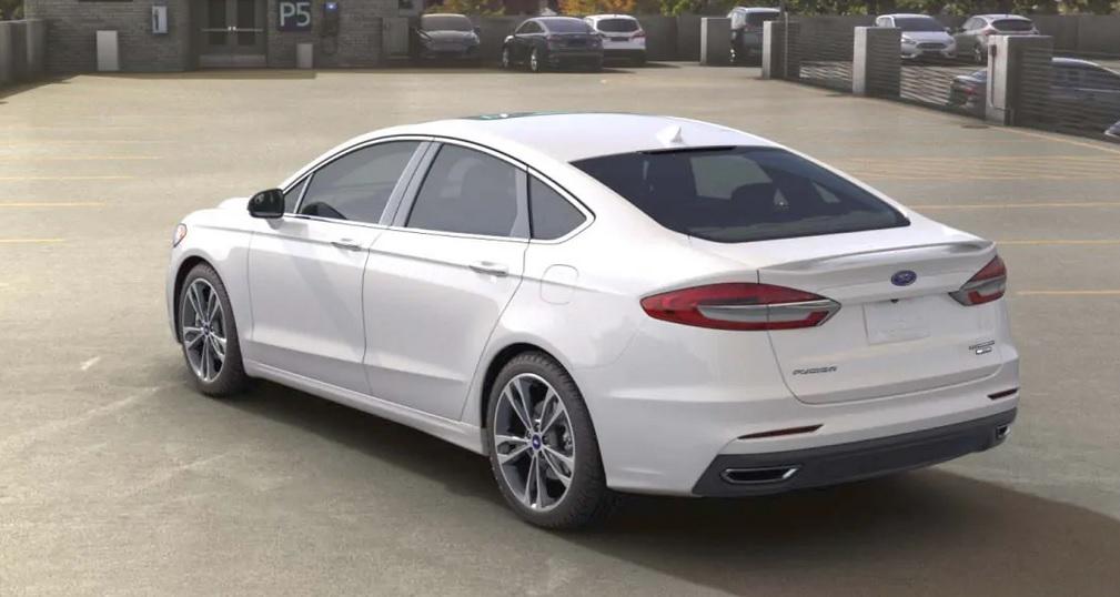 El Ford Fusion Titanium 2020 resena opiniones tiene un motor eficiente