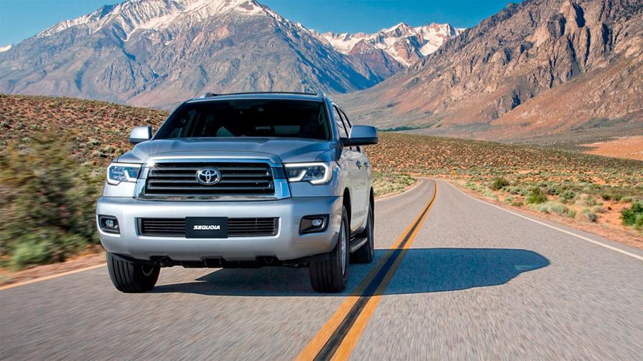 Toyota Sequoia Platinum 2020 resena opiniones Es una camioneta espaciosa, segura y cómoda para los viajes en familia