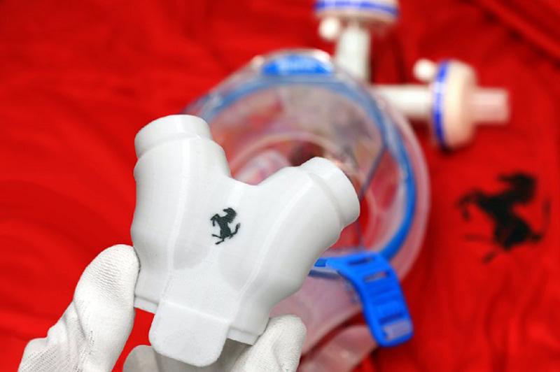 Ferrari fabrica válvulas para respiradores