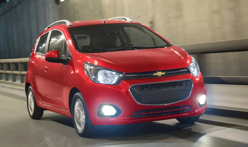 Chevrolet Beat rojo