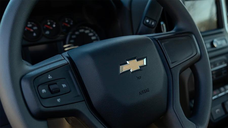 El manejo Chevrolet Silverado Doble Cabina 4x4 2020 resena opiniones es agradable, confortable y tranquilo