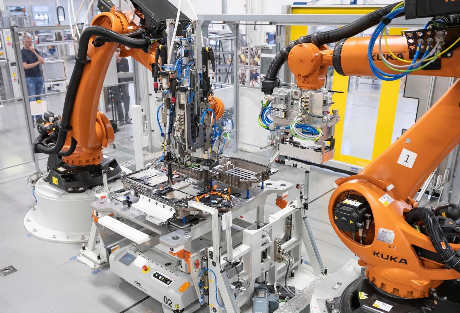 BMW ya tiene un plan para reactivar su producción