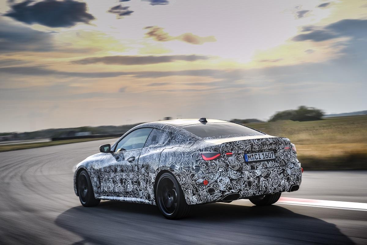 BMW Serie 4 camuflado