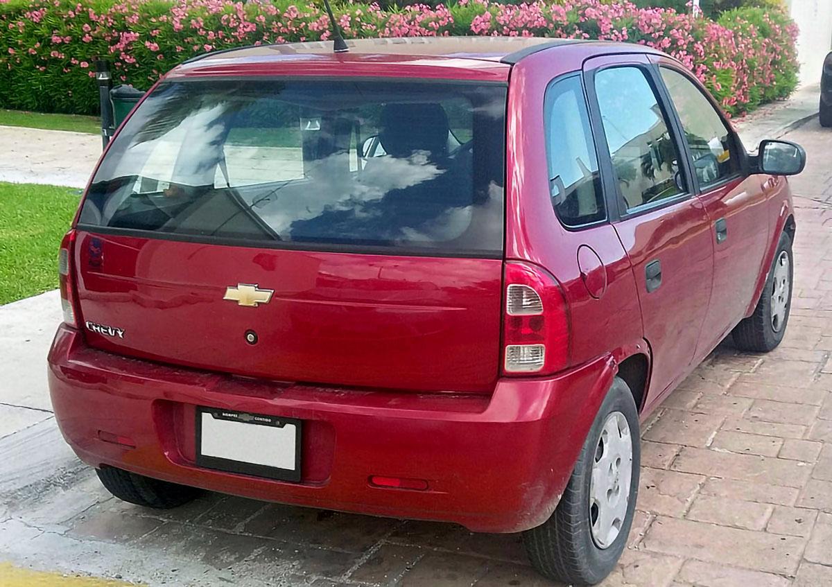 Chevrolet Chevy rojo