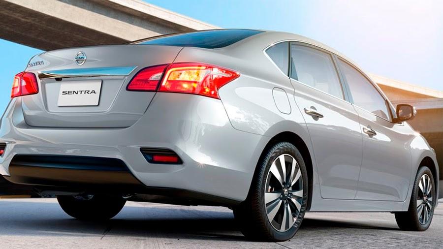 Nissan Versa platino