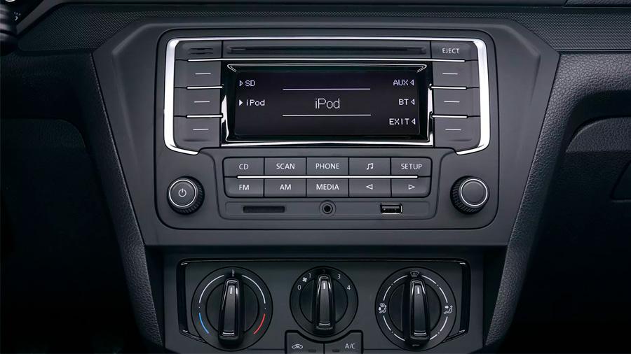 Volkswagen Gol Trendline 2020 resena opiniones No cuenta con pantalla táctil en la consola