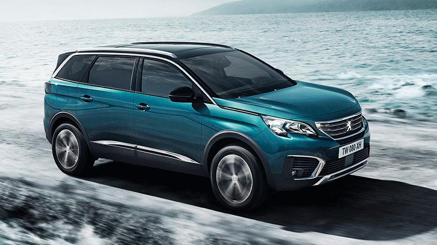 La Peugeot 5008 destaca por su paquete de infotenimiento en una cabina confortable