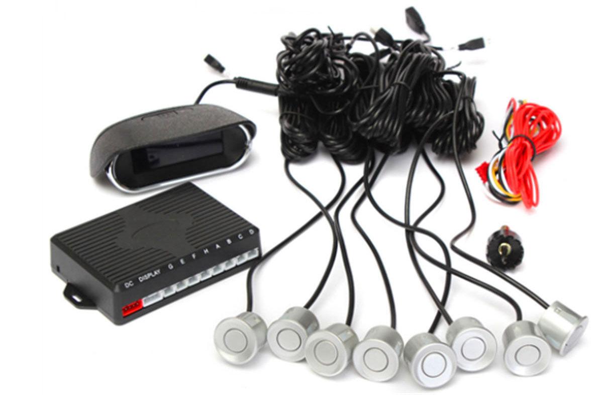 Los sensores de reversa alámbricos son más comunes