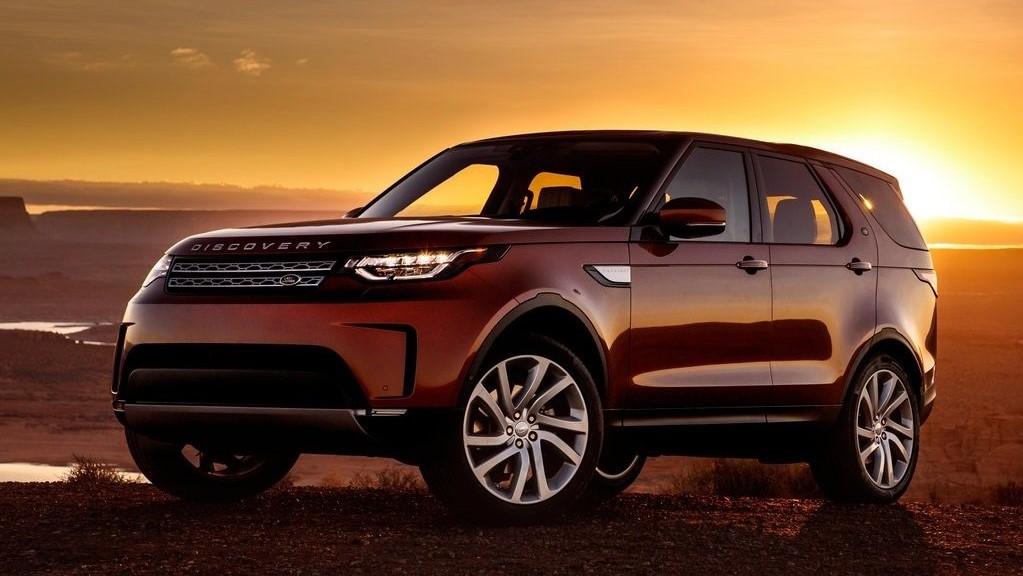 La Land Rover Discovery es una de las camionetas de 3 filas más competitivas