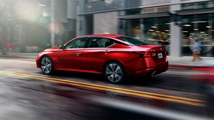 El Nissan Altima precio mexico sobresale por su eficiencia