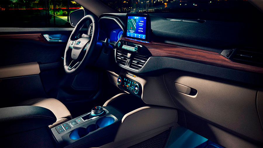 El interior de Ford Escape precio mexico es amplio y confortable