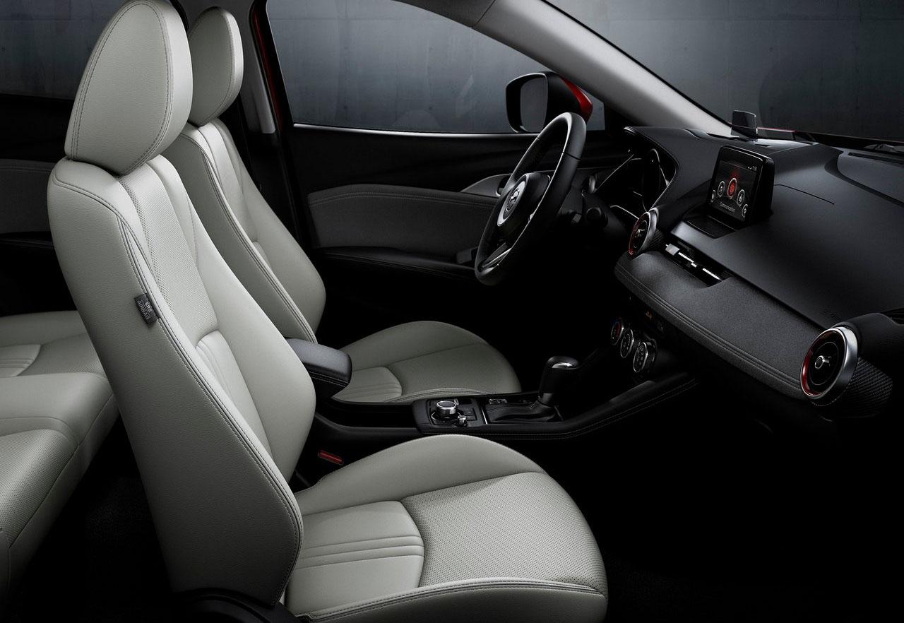 La Mazda CX-3 precio mexico tiene un interior cómodo