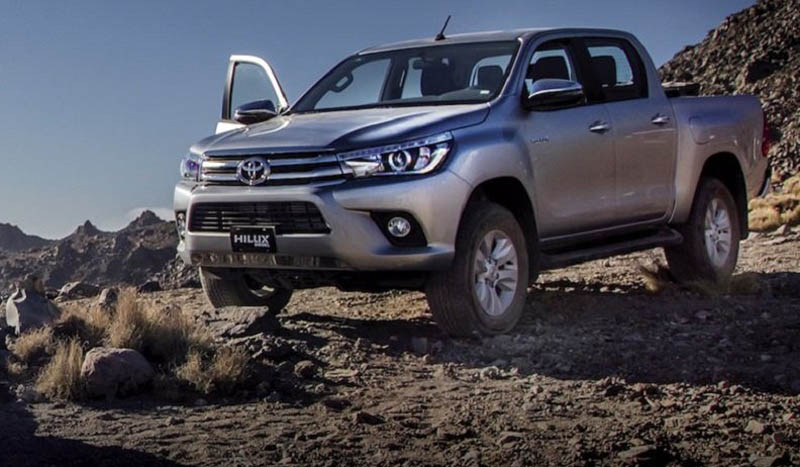 La Toyota Hilux es una pick-up mediana