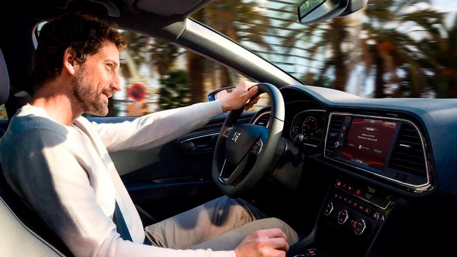 El SEAT León precio mexico sobresale por su manejo confiable y eficiente