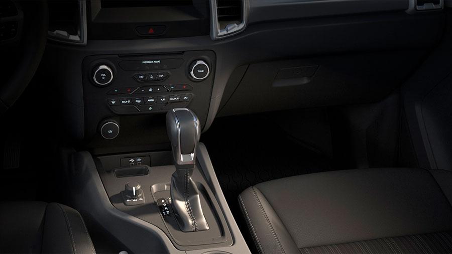 La cabina Ford Ranger precio mexico es práctica para la vida diaria y facilita el acceso a las diferentes funciones