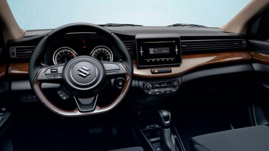 Suzuki Ertiga precio mexico tiene una cabina funcional, además de algunos detalles estéticos que le dan un aspecto más moderno